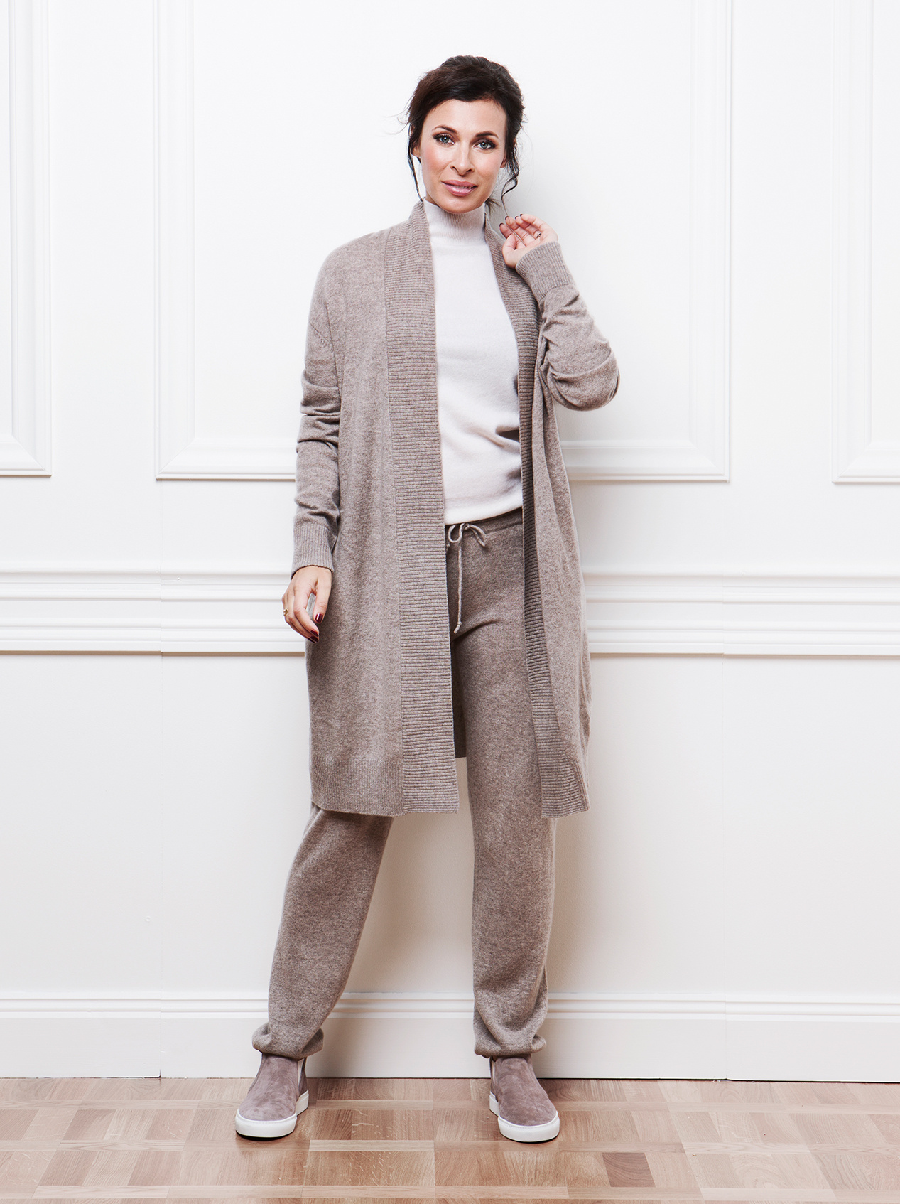 Soft Goat Women's Perfect Cardigan Taupe