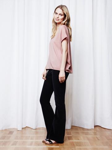 Product thumbnail of Women's Fine Knit V-neck T-shirt